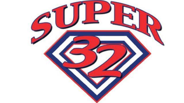 Super 32 roundup: Laurent wins title, six Wisconsin wrestlersplace