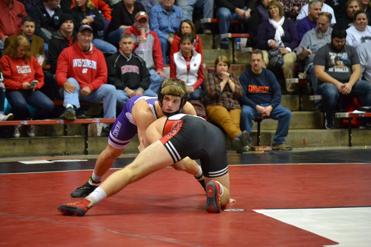 50 years after its first team wrestling title, Stoughton is golden onceagain
